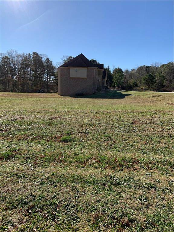 180 Fourwood Drive, Covington, GA 30016 (MLS #6707484) :: Todd Lemoine Team