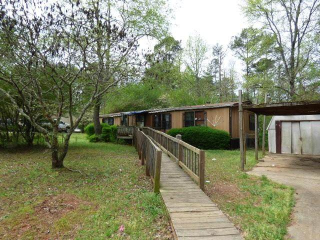 5527 Kilroy Lane, Douglasville, GA 30135 (MLS #6707636) :: Charlie Ballard Real Estate