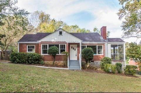 1361 Woodland Terrace SW, Atlanta, GA 30311 (MLS #6716269) :: Charlie Ballard Real Estate