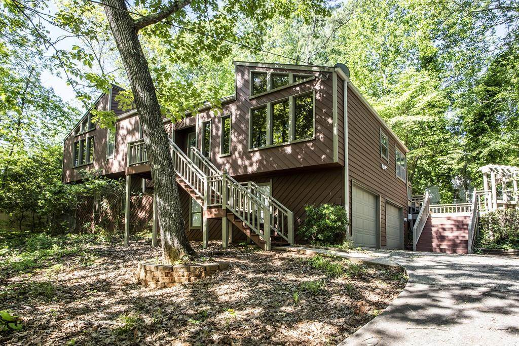 3959 Lookout Point Drive - Photo 1
