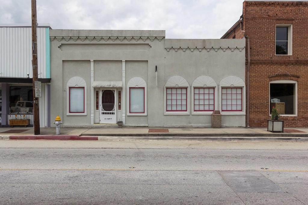 253 Main Street - Photo 1