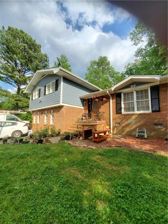 1694 Lamancha Drive, Lawrenceville, GA 30044 (MLS #6721017) :: North Atlanta Home Team