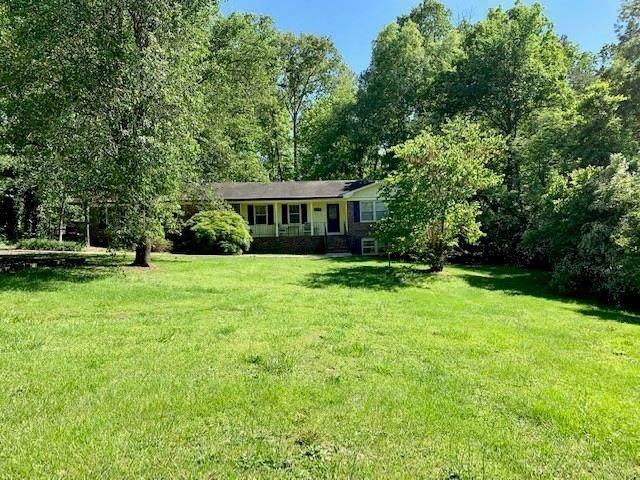 745 Cherokee Road, Cedartown, GA 30125 (MLS #6724657) :: Charlie Ballard Real Estate