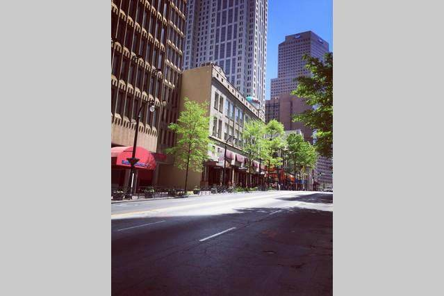 300 NE Peachtree Street 20L, Atlanta, GA 30308 (MLS #6724954) :: The Zac Team @ RE/MAX Metro Atlanta