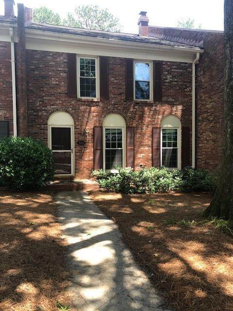 520 The North Chace, Atlanta, GA 30328 (MLS #6726075) :: KELLY+CO
