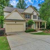 1010 Island Bluff Lane, Buford, GA 30518 (MLS #6728878) :: Charlie Ballard Real Estate