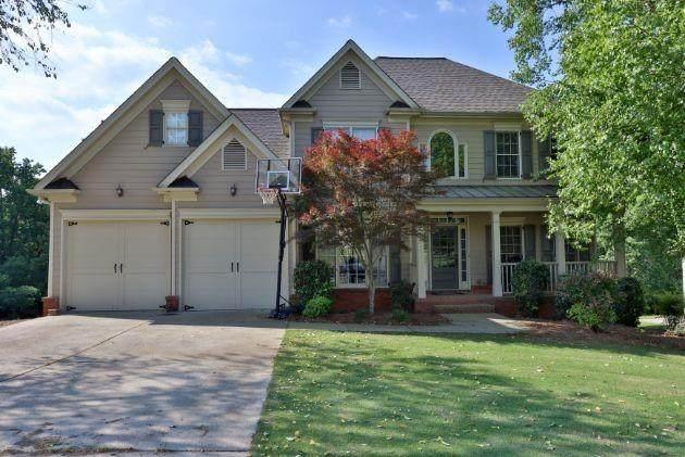 8835 Forrest Path Drive, Gainesville, GA 30506 (MLS #6731971) :: Charlie Ballard Real Estate