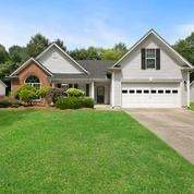 3217 Victoria Park Lane, Buford, GA 30519 (MLS #6732084) :: Charlie Ballard Real Estate