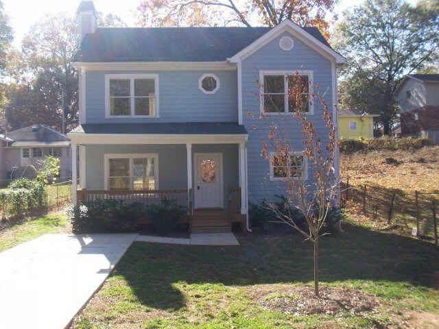 1864 E Farris Avenue, East Point, GA 30344 (MLS #6743290) :: KELLY+CO