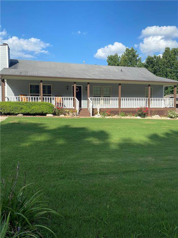 5855 Maple Creek Drive, Buford, GA 30518 (MLS #6760999) :: Compass Georgia LLC