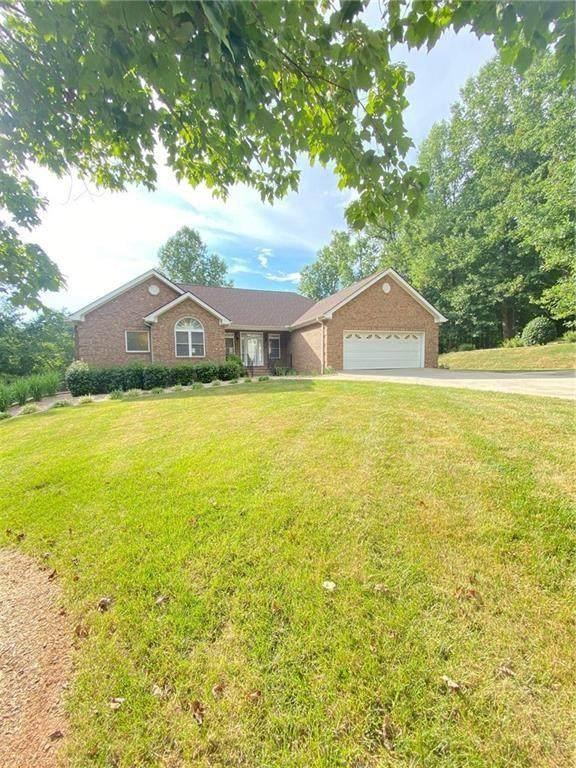 241 Springbrook Drive, Cornelia, GA 30531 (MLS #6764938) :: North Atlanta Home Team