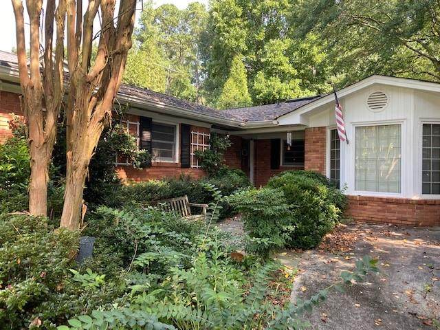 2950 Westminster Circle NW, Atlanta, GA 30327 (MLS #6765105) :: Scott Fine Homes at Keller Williams First Atlanta