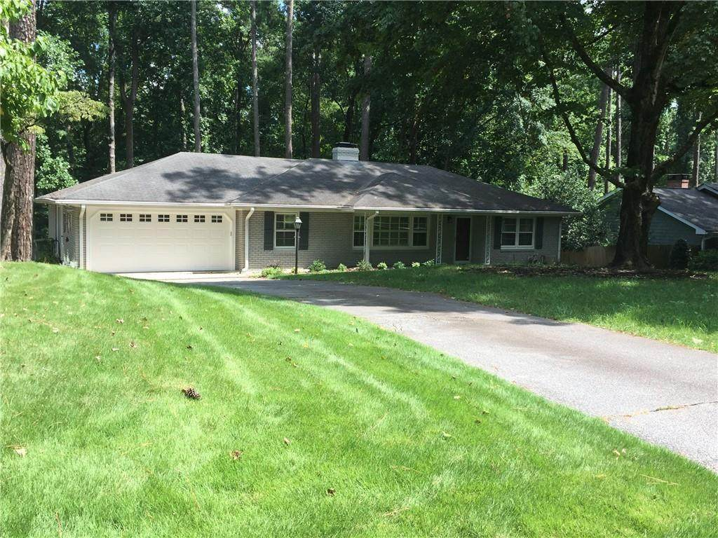660 Valley Green Drive - Photo 1
