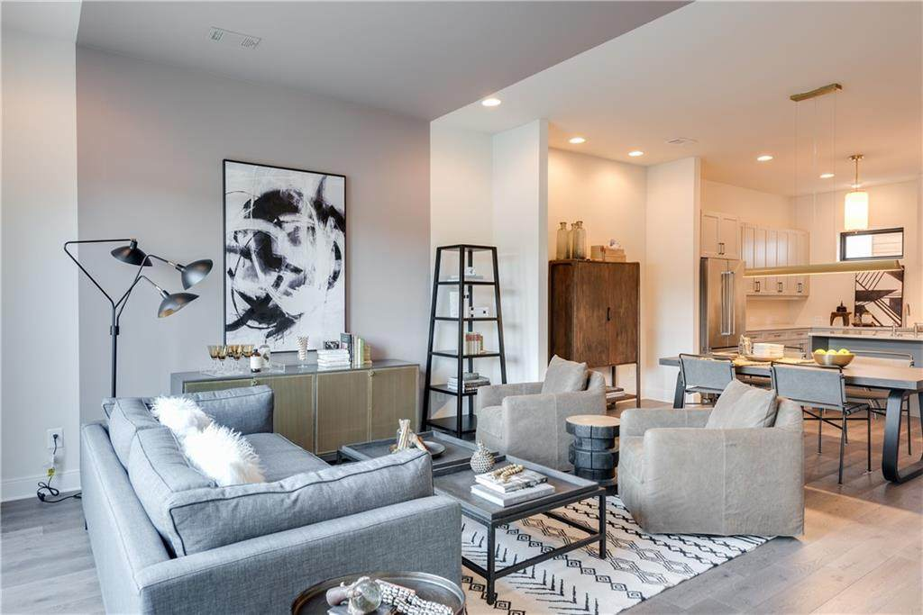 544 Flat Shoals Avenue - Photo 1