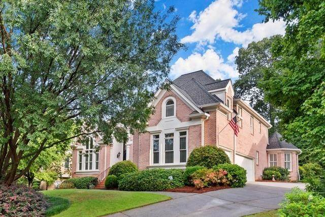 4000 Falls Ridge Drive, Alpharetta, GA 30022 (MLS #6772927) :: North Atlanta Home Team