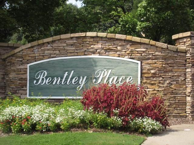 234 Bentley Place, Tucker, GA 30084 (MLS #6776449) :: North Atlanta Home Team