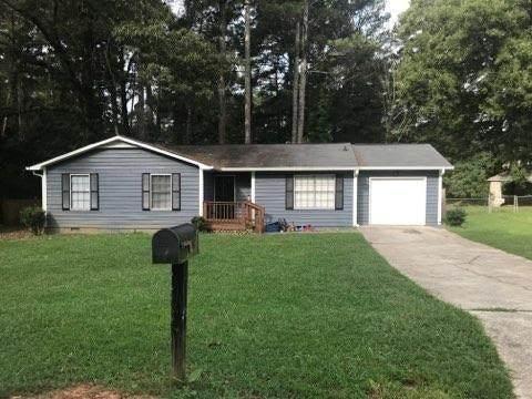 6841 Cedar Drive, Riverdale, GA 30296 (MLS #6781106) :: North Atlanta Home Team
