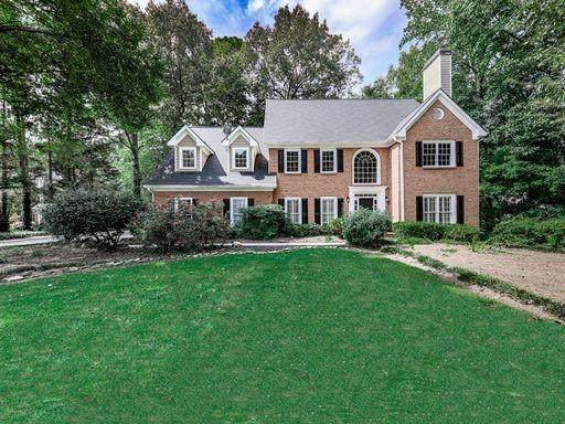 1546 NW Halisport Lake Drive NW, Kennesaw, GA 30152 (MLS #6783948) :: North Atlanta Home Team