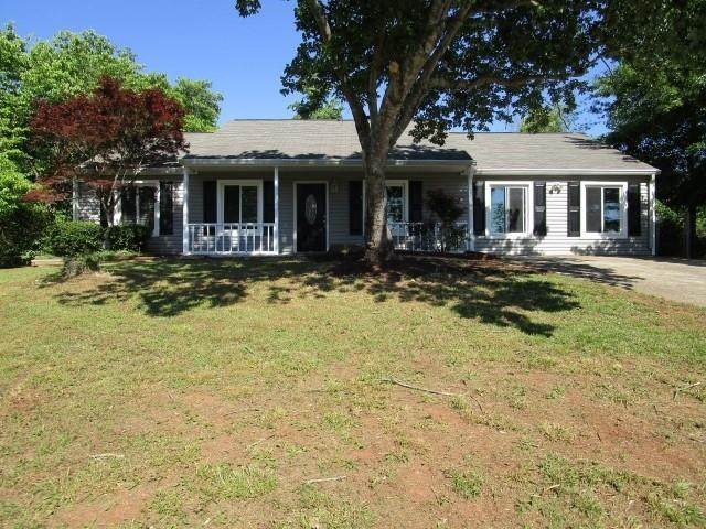 402 Mimosa Terrace, Woodstock, GA 30188 (MLS #6785729) :: The Heyl Group at Keller Williams