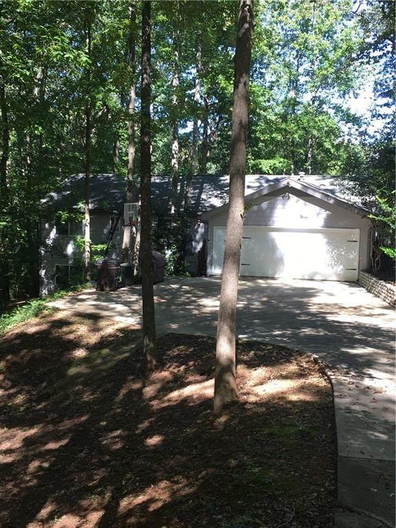 6712 Knollwood Circle, Douglasville, GA 30135 (MLS #6788469) :: Good Living Real Estate