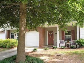 2364 Suwanee Pointe Drive, Lawrenceville, GA 30043 (MLS #6789951) :: Kennesaw Life Real Estate