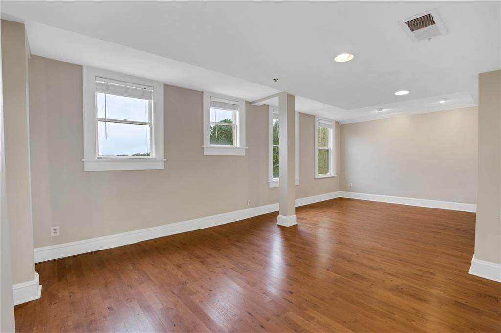 2855 Peachtree Road - Photo 1