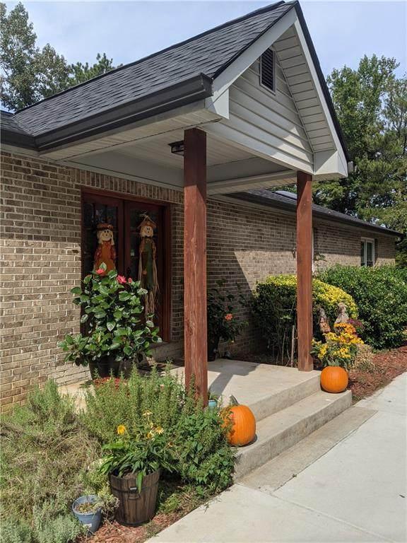 5799 Chisholm Trail SW, Lilburn, GA 30047 (MLS #6793991) :: Tonda Booker Real Estate Sales