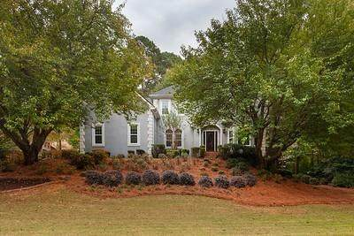 845 Laurel Crest Court SW, Marietta, GA 30064 (MLS #6795554) :: Tonda Booker Real Estate Sales