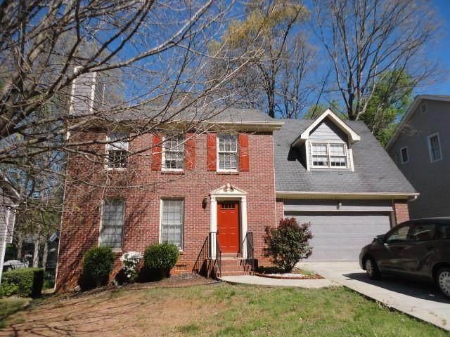 2570 Treehouse Lane, Lawrenceville, GA 30044 (MLS #6801390) :: North Atlanta Home Team