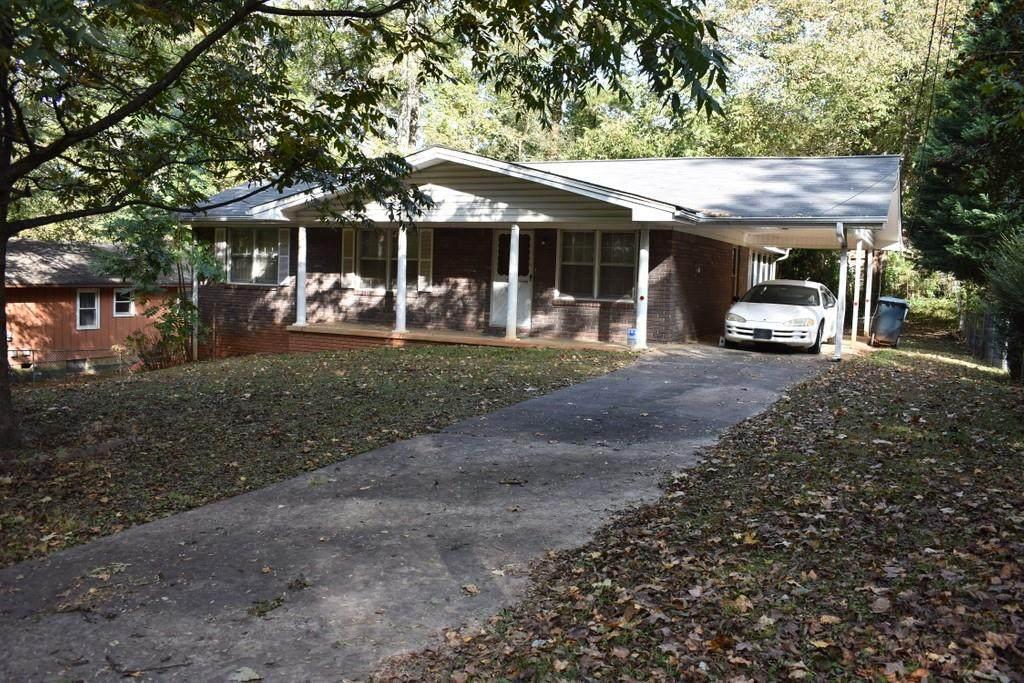 2362 Lakewood Drive - Photo 1