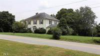 382 Main, Cornelia, GA 30531 (MLS #6806955) :: North Atlanta Home Team