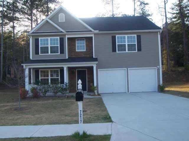7217 Walton Hill, Fairburn, GA 30213 (MLS #6813108) :: North Atlanta Home Team