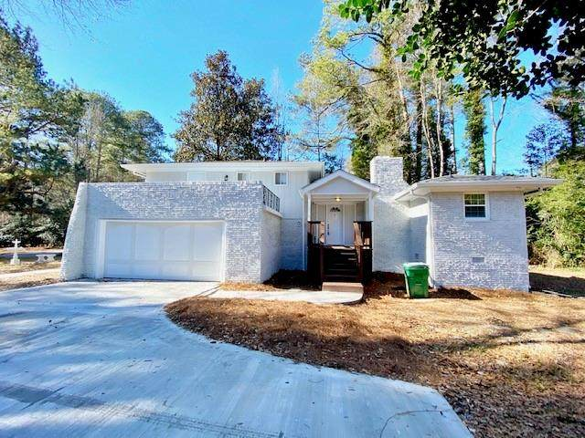 4075 Flintridge Drive, Stone Mountain, GA 30083 (MLS #6822099) :: The Zac Team @ RE/MAX Metro Atlanta