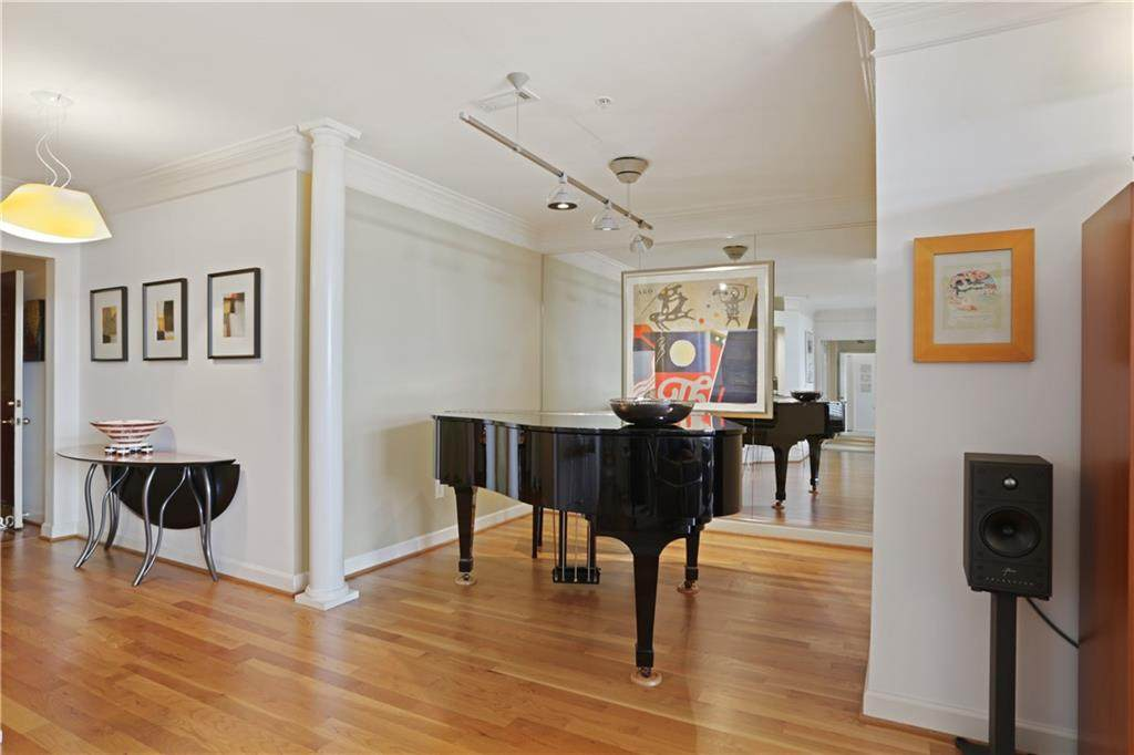 3334 Peachtree Road - Photo 1