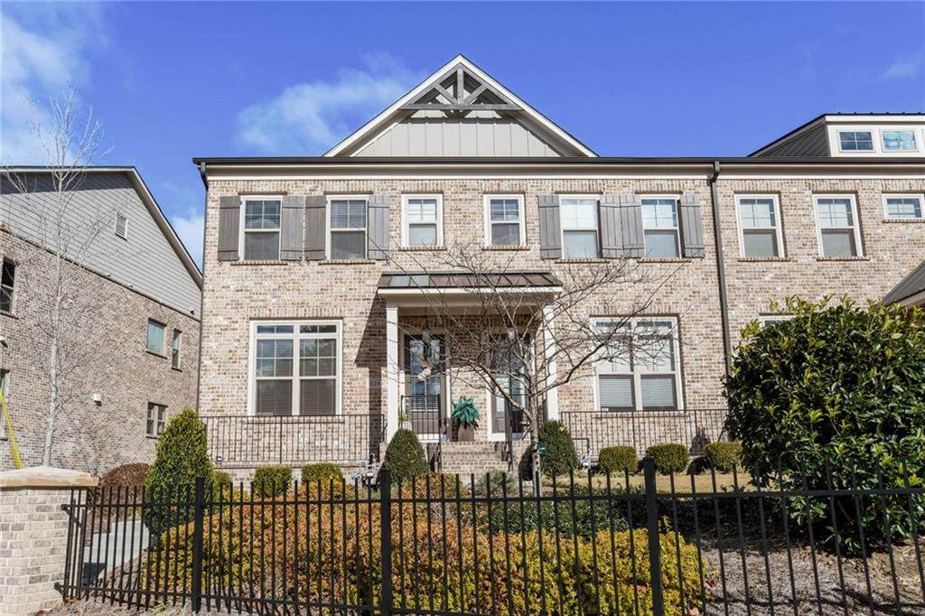 2294 Mclean Chase - Photo 1