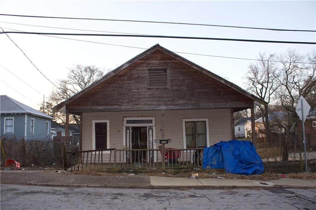 636 Lillian Avenue - Photo 1