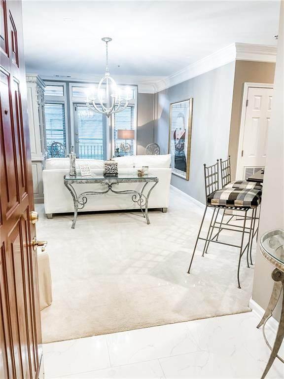 3334 Peachtree Road NE #210, Atlanta, GA 30326 (MLS #6830712) :: Charlie Ballard Real Estate