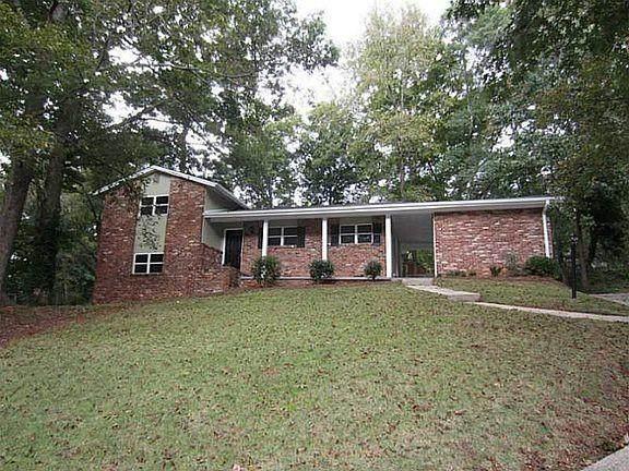 2486 Dawn Drive, Decatur, GA 30032 (MLS #6830746) :: North Atlanta Home Team