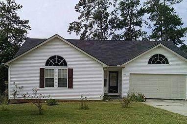 7842 Lake Crest Way, Douglasville, GA 30134 (MLS #6846362) :: North Atlanta Home Team