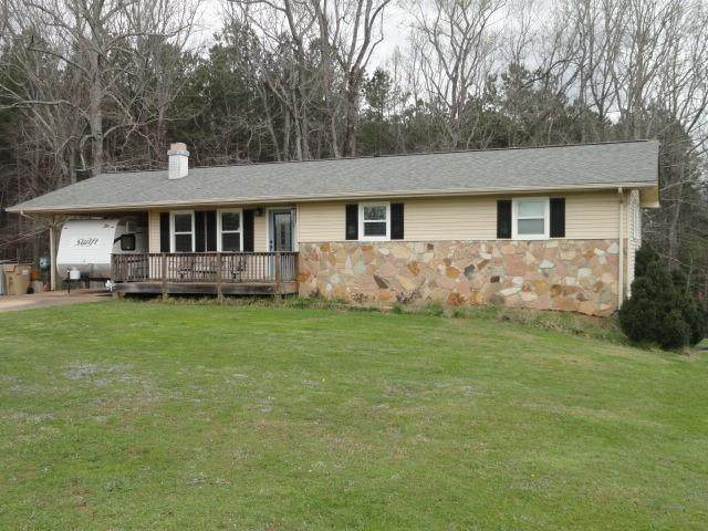 4293 Ellison Farm Road, Braselton, GA 30517 (MLS #6856363) :: Lucido Global
