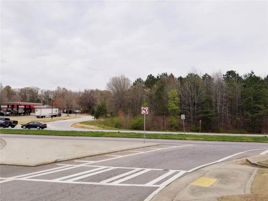 1051 Ee Butler Parkway - Photo 1