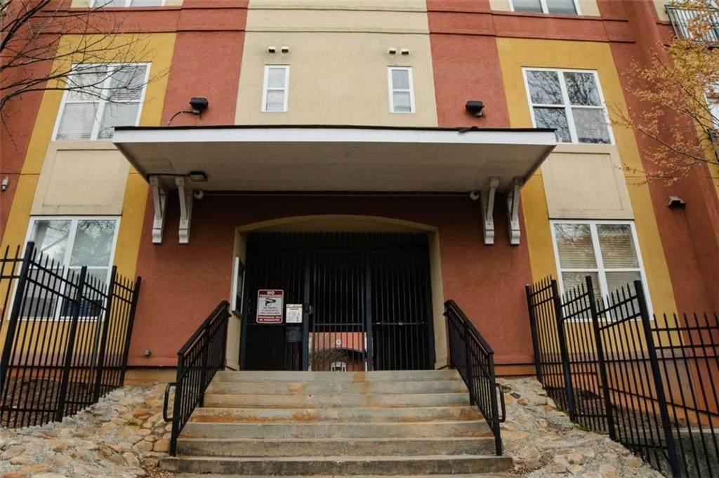 502 Pryor Street - Photo 1