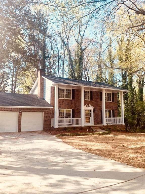 978 Abingdon Court, Stone Mountain, GA 30083 (MLS #6863553) :: The Zac Team @ RE/MAX Metro Atlanta