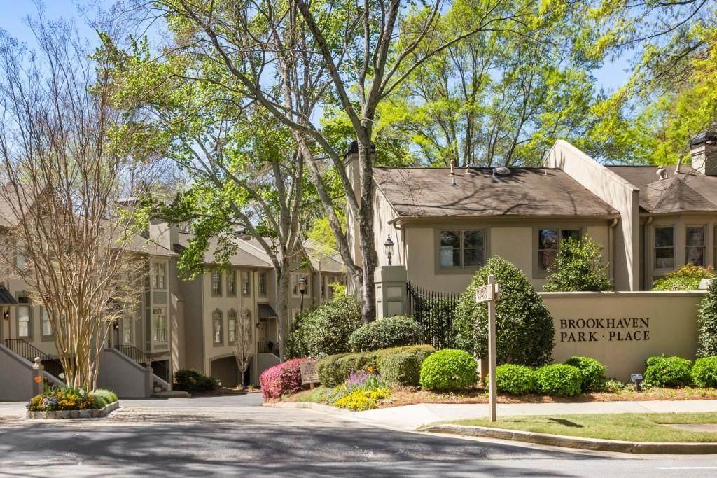 1215 Brookhaven Park Place - Photo 1
