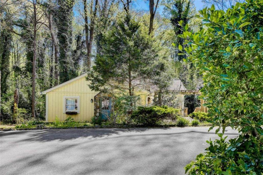 449 Spruce Drive - Photo 1
