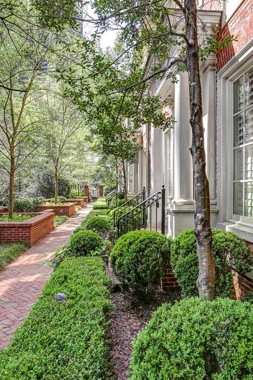 39 W Wesley Road NW #5, Atlanta, GA 30305 (MLS #6866148) :: RE/MAX Prestige