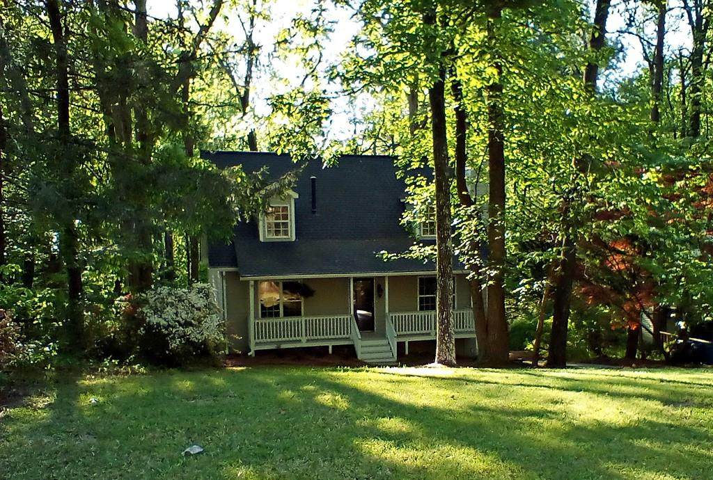 565 Bells Ferry Place - Photo 1