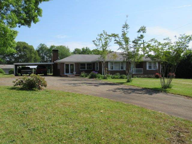 8664 Highway 166, Douglasville, GA 30135 (MLS #6878284) :: RE/MAX Paramount Properties