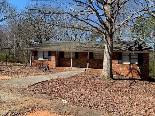 4 Roper Drive, Douglasville, GA 30135 (MLS #6880305) :: The Hinsons - Mike Hinson & Harriet Hinson