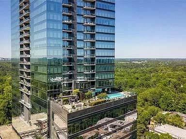 3630 Peachtree Road NE #1906, Atlanta, GA 30326 (MLS #6883305) :: The Kroupa Team | Berkshire Hathaway HomeServices Georgia Properties